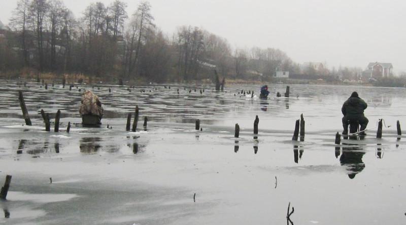 lovlya-v-koryazhnike-zimoy