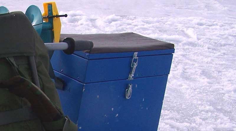 рыбацкий ящик для зимней рыбалки
