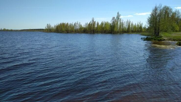 Озеро Волоярви в поселке Матокса