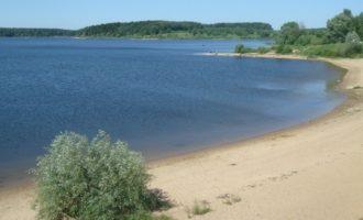 Озернинское водохранилище в селе Хотебцево