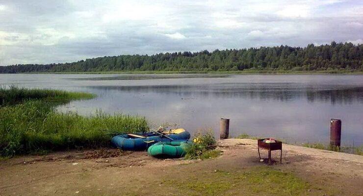 Озеро Вишневское в поселке Красносельское