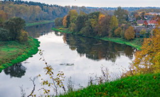 Река Руза в деревне Ивановское