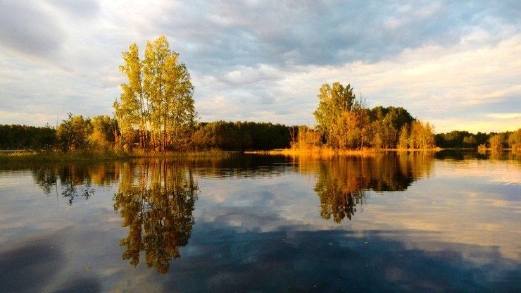 Озеро Балахановское в поселке Ромашки