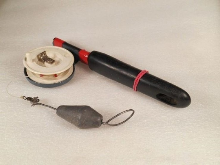 Как сделать глубиномер для зимней рыбалки
